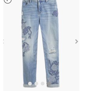 Chico's girlfriend embroidered jeans 10p